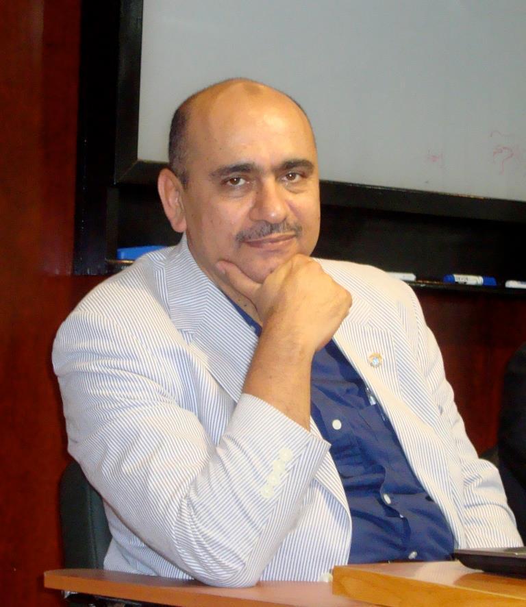 Dr. Amr Abdalla